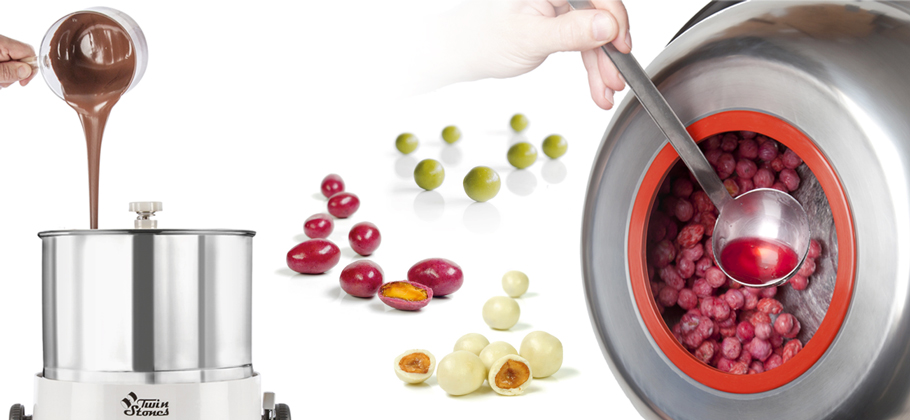 DJ Decorfood TurnTable: a professional tool for pastry decoration and plating')