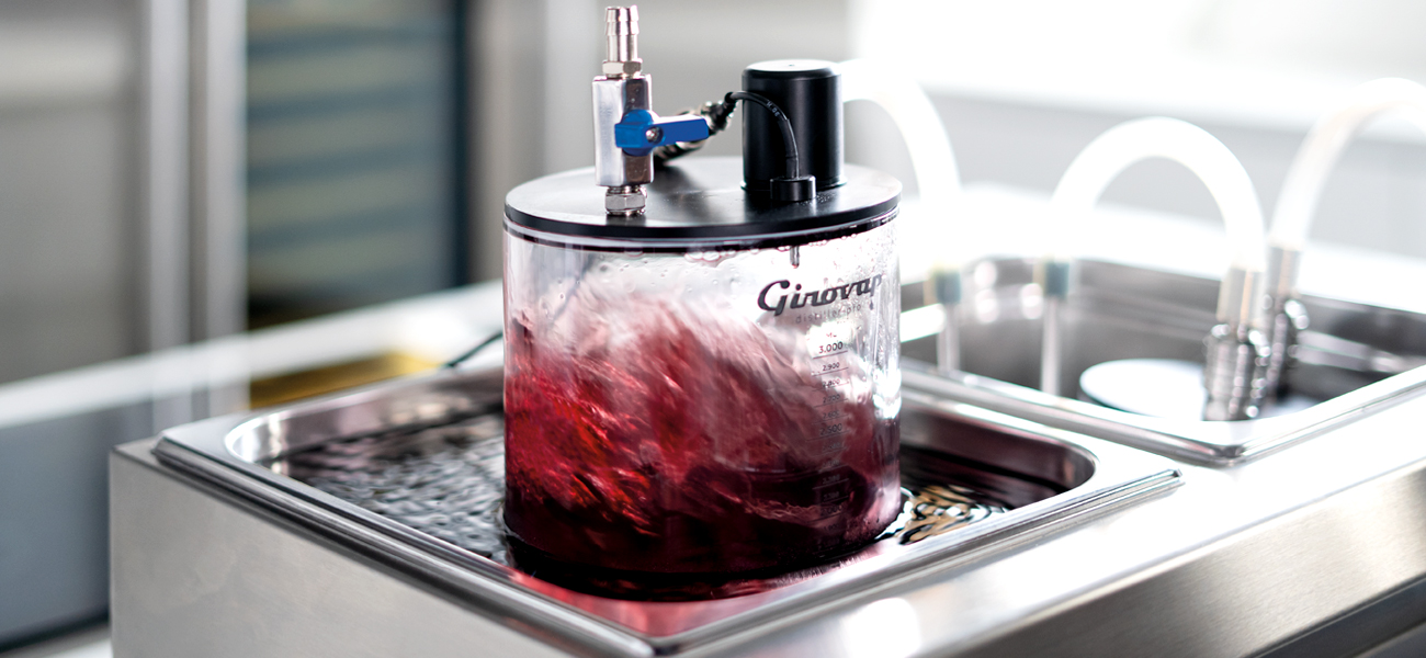 Extracting alcohol from drinks with Girovap')
