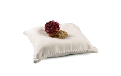 Il cuscino - piatto di porcellana